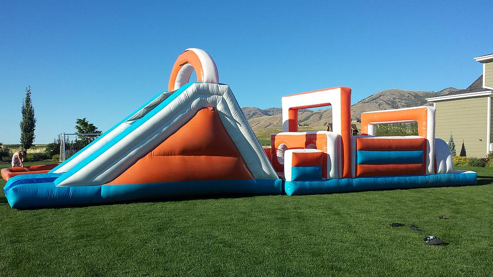 the great inflatable race 1